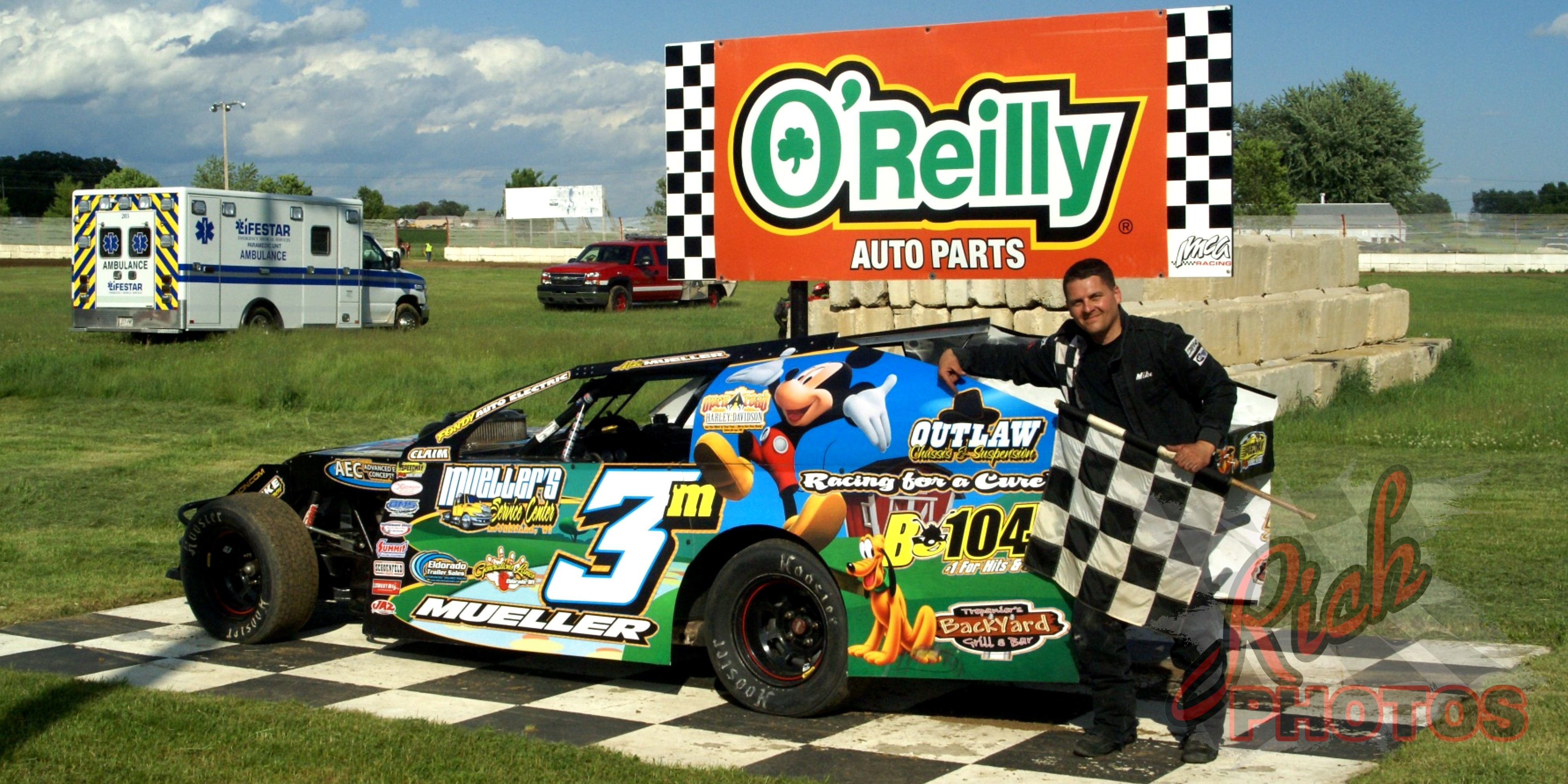 Mike Mueller Twisted Iron Custom Cycles IMCA Modified Heat Race Win