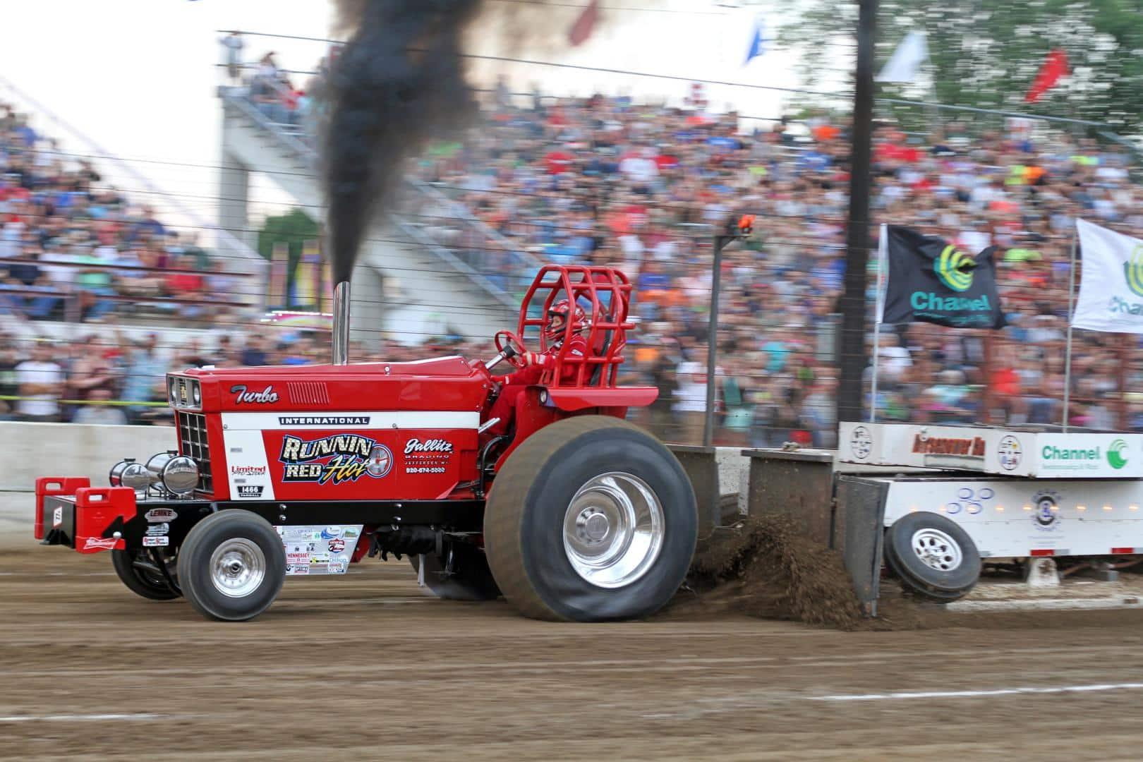 International Harvester IH Badger State Tractor Pullers