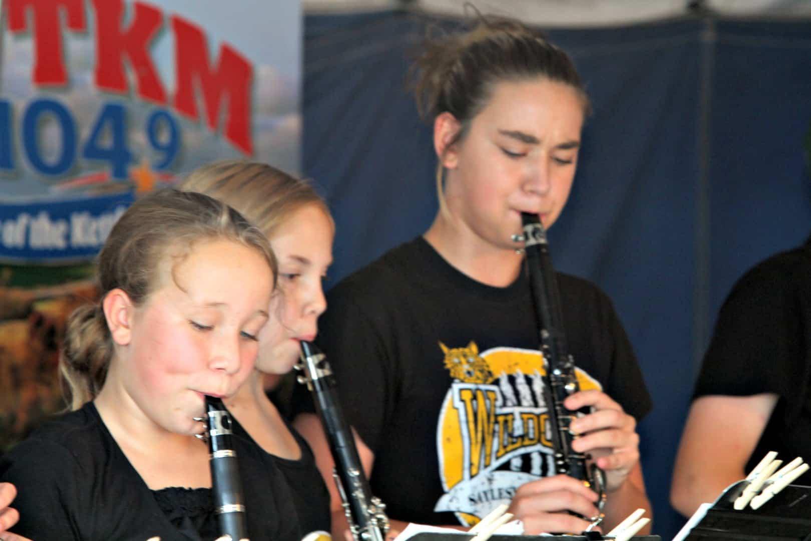 Saylesville-School-Combo-Music-at-County-Fair