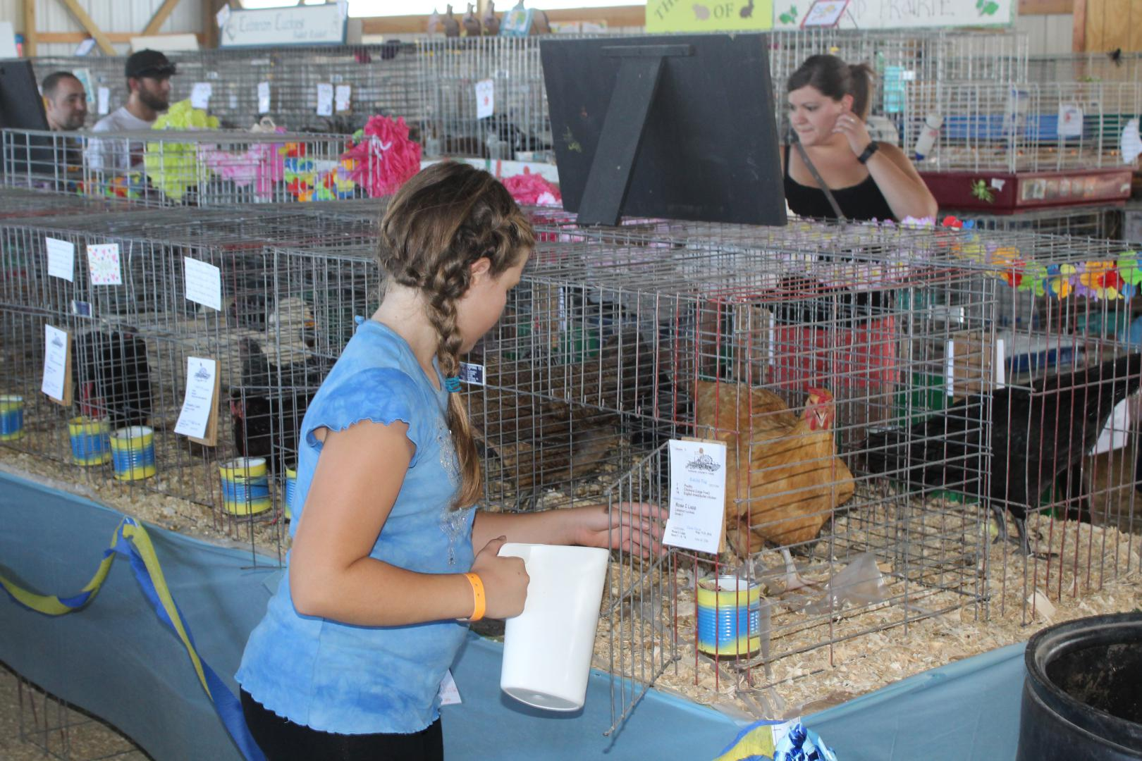 small-animal-care-teaches-responsibility